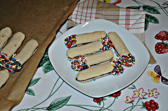 Italian Finger Sandwich cookies
