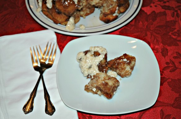 Apple Cider Monkey Bread | Bakewell Junction - gooey and delicious